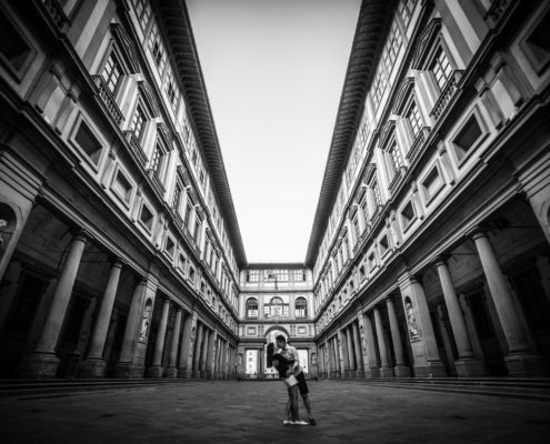 Elena Foresto Photographer Engagement in Florence